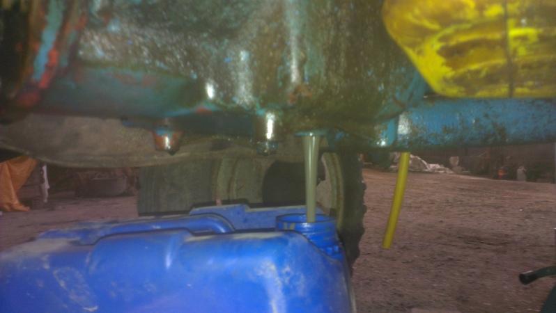 [EBRO SUPER 55] Agua en el aceite motor (en vías de solución) 34zg3g1