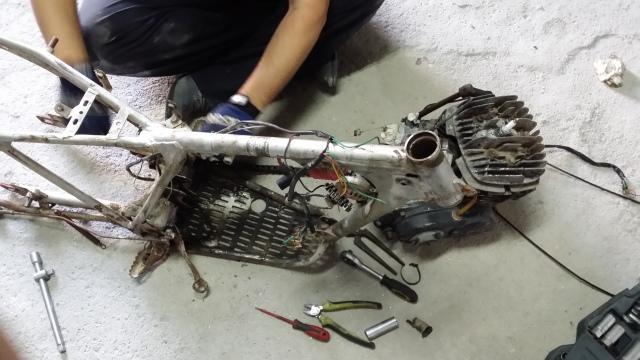 La Bultaco Alpina 350cc mod 213 de mi padre - Página 2 51doj7