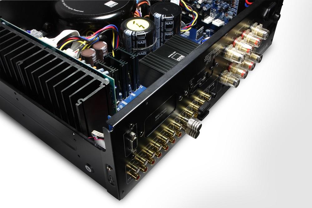 ¿QUÉ AMPLIFICADORES STÉREO HAY CON ENTRADA USB Y DAC INCORPORADO? 53v51u