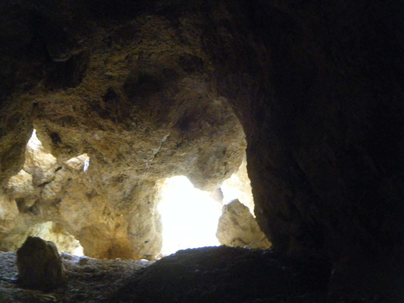 Minas Barranco San Antonio Abad, El Pinar, Bédar, Almeria, Andalucia, España 8vnrci