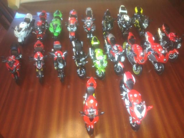 Motas em miniatura / de coleção, quem tem? M7cbxg