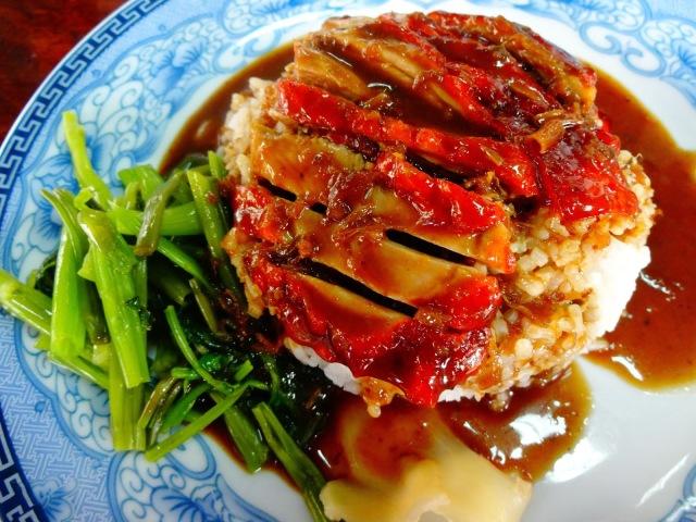 Fotos con precios de los diferentes platos y comidas tailandesas Mhjir