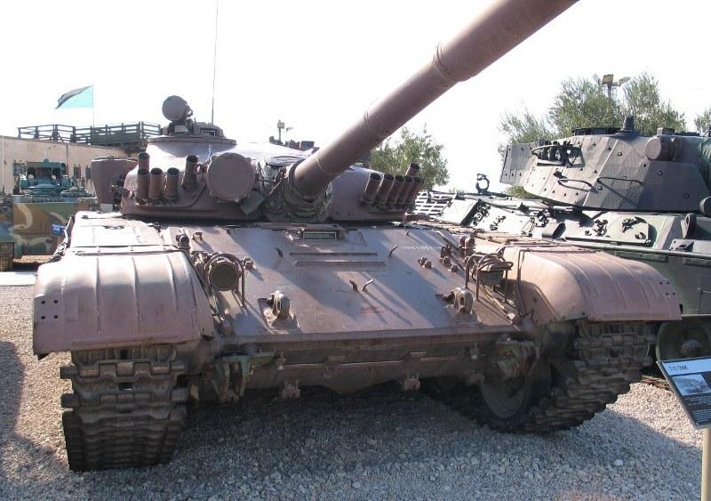 Tenk T-72 - Page 4 Miz8yv