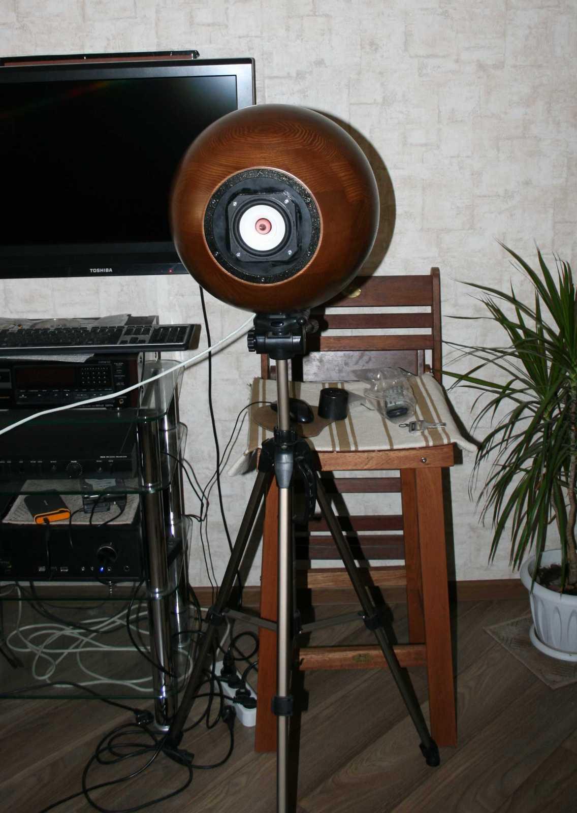Напольные акустические системы в малых помещениях Mr8pbo