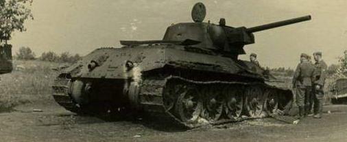 T-34-76 ICM 1/35 - Страница 2 Neclsi
