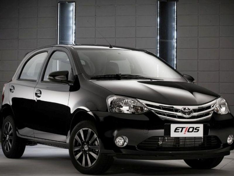 Nuevo Toyota Etios 2015 Rhnwgn