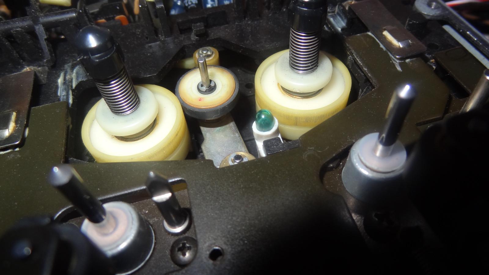 Pioneer CT-F1250 T01buv
