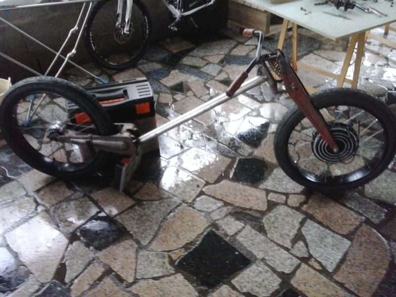 Bicicleta eléctrica a partir de moto Guzzi (+sidecar??) V3hf60