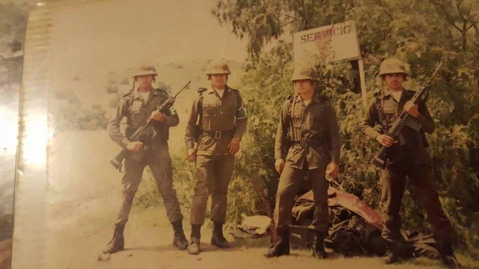 fotos vintage de las Fuerzas armadas mexicanas - Página 7 111i5nr