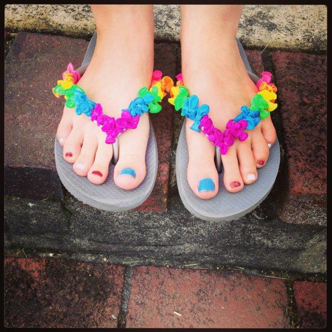 10 ideas para decorar las sandalias 14j9ljo