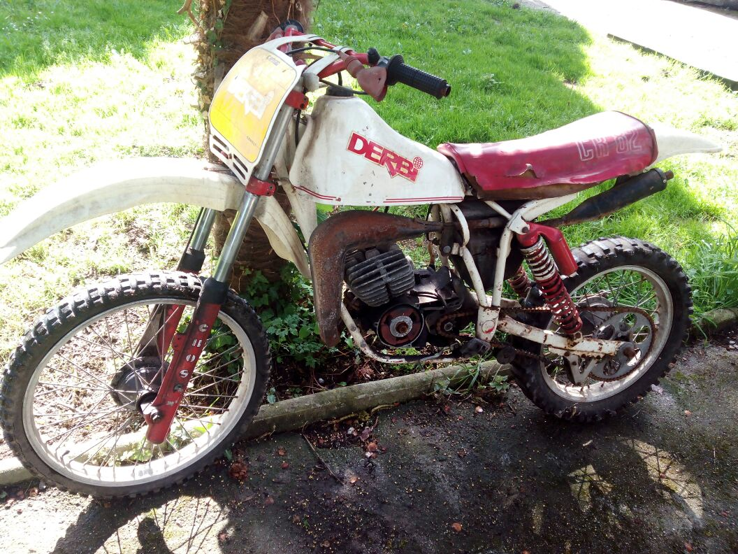 Derbi CR 82 - Me Ha Costado Un Año 14jlxzb