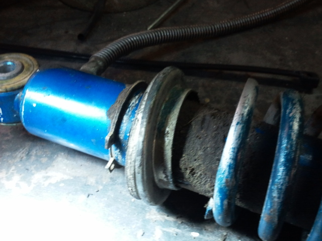 Reparación de amortiguadores 16a75a0