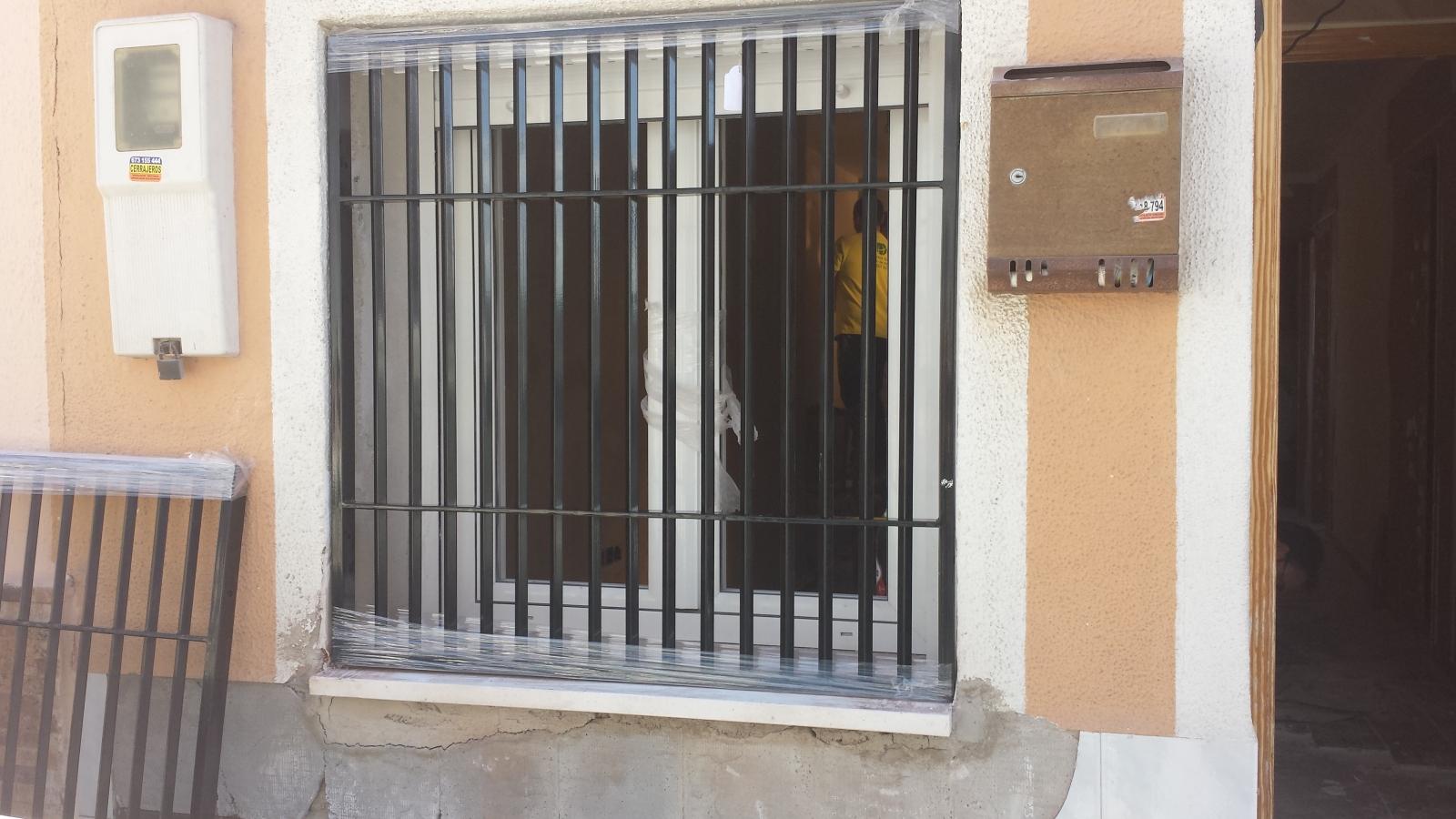 redes - Mosquiteras y redes para las ventanas y cómo proteger a nuestros gatos - Página 10 200tsi8