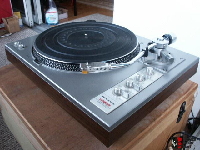 Gira discos Toshiba SR-F335  23a52u
