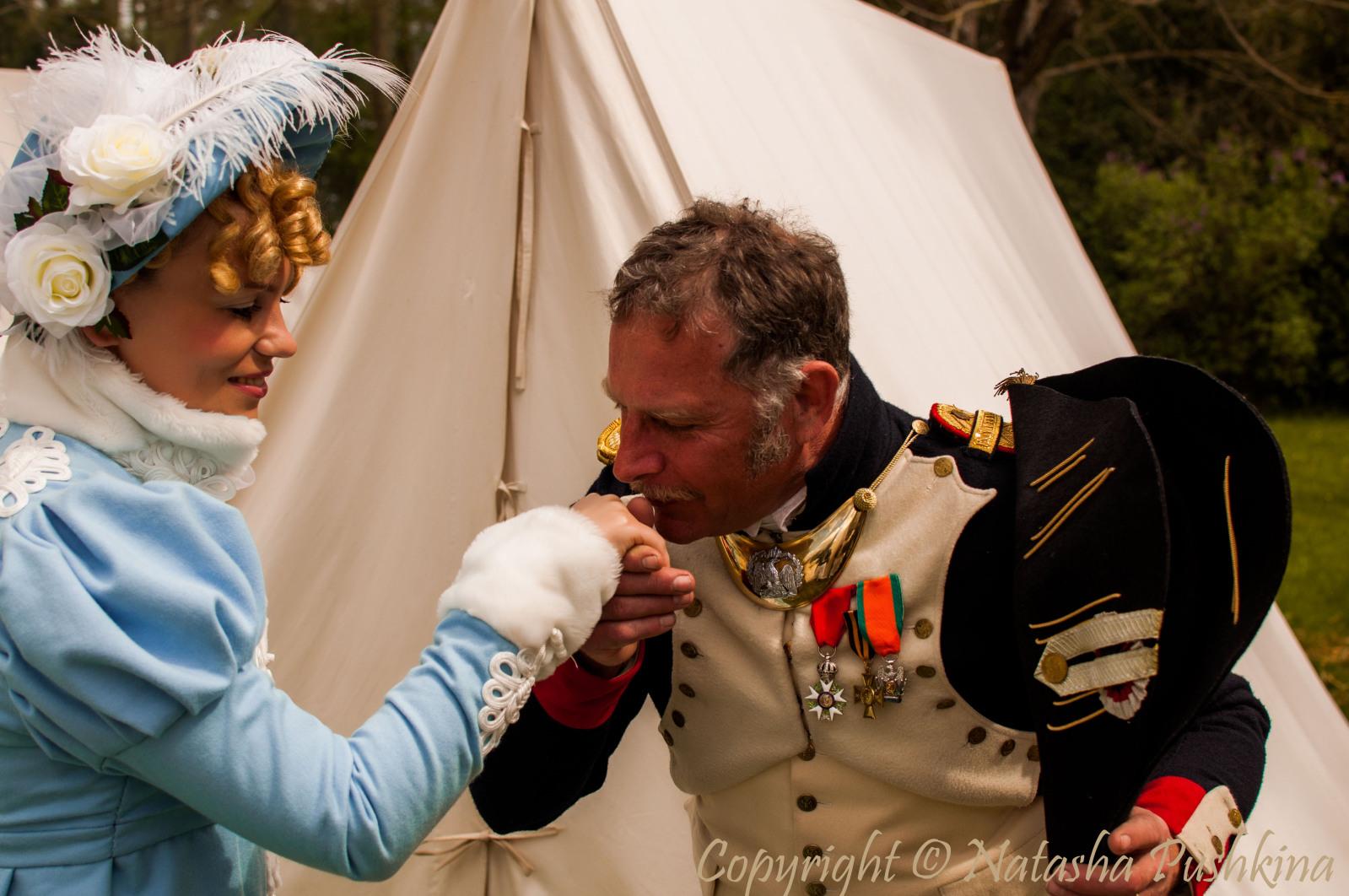 Francia - Fontainebleau (Ile de France) Recreación de la Despedida de Napoléon en 2014 24donbd