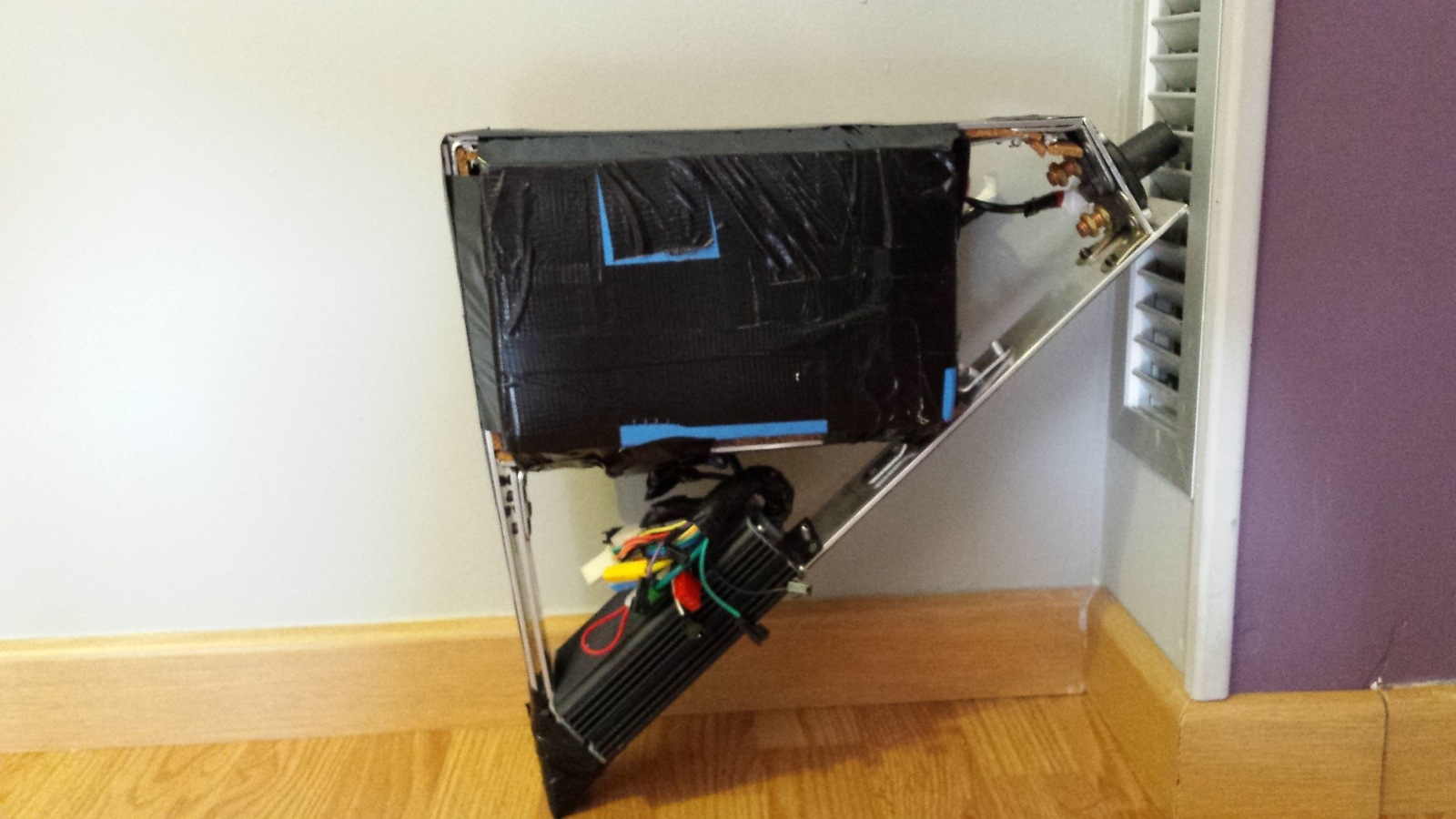 Instalación de un motor 9C con batería LifePo 60V a una BTT Trek 4900 29bhy69