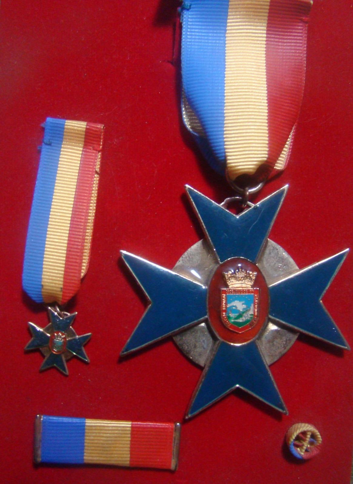 Condecoraciones y Medalla Navales 2saldfm