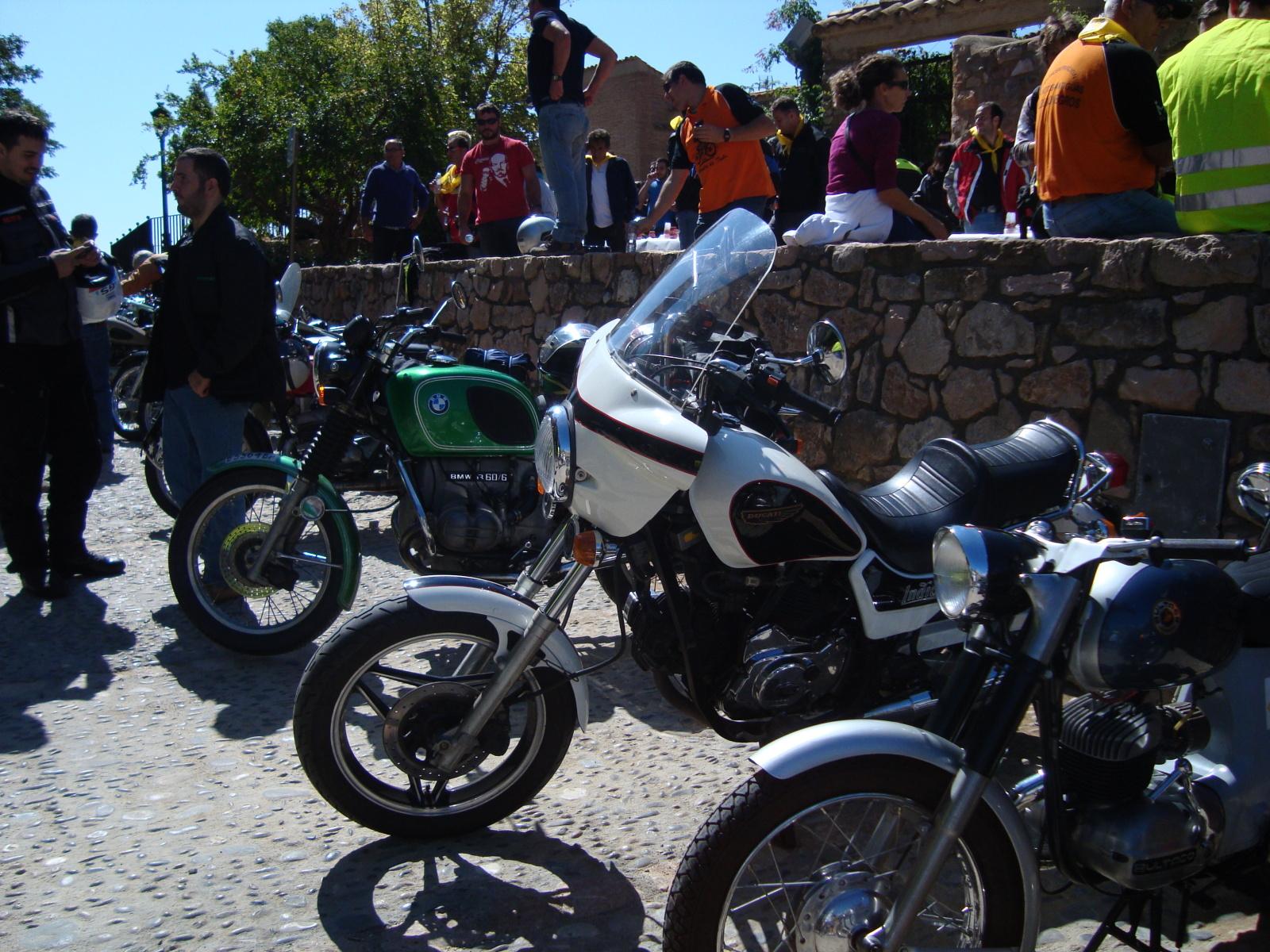 XI concentracion de motos antiguas en Alberuela de tubo (Huesca) 2vae8p2