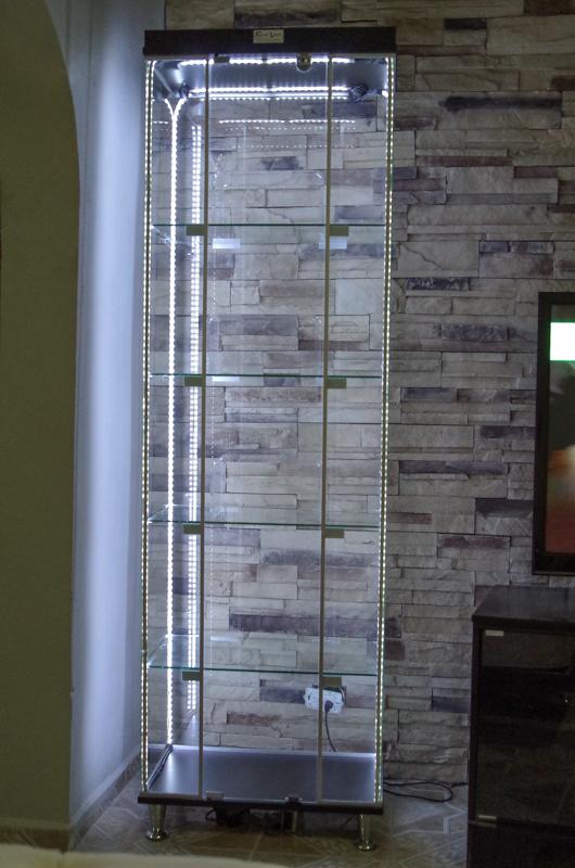 Hablemos de vitrinas, estanterias y exposición de figuras - Página 18 3355w6q