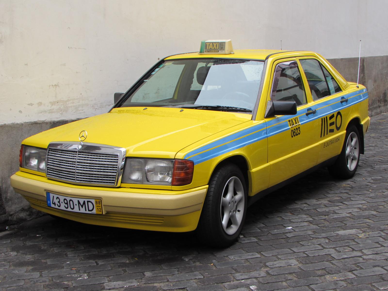 MB como táxi: crime ou paixão???? 33u526r