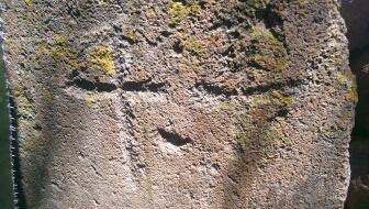 Marca en piedra, ayuda!  34qw9w3