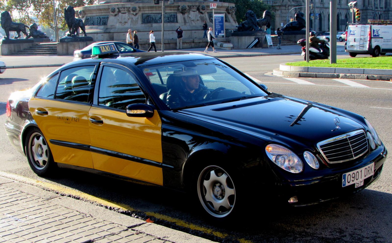 MB como táxi: crime ou paixão???? 95tmwn