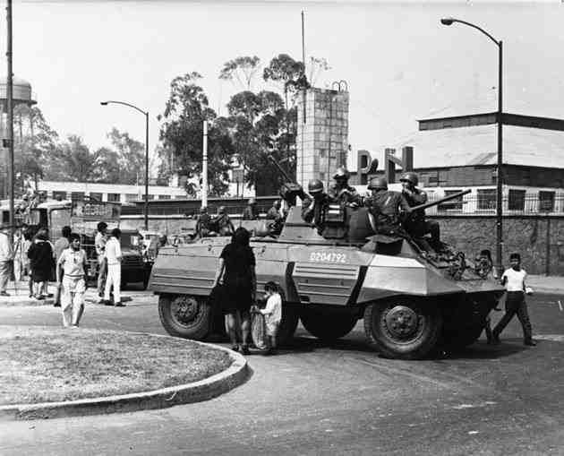 fotos vintage de las Fuerzas armadas mexicanas - Página 4 9hotpg