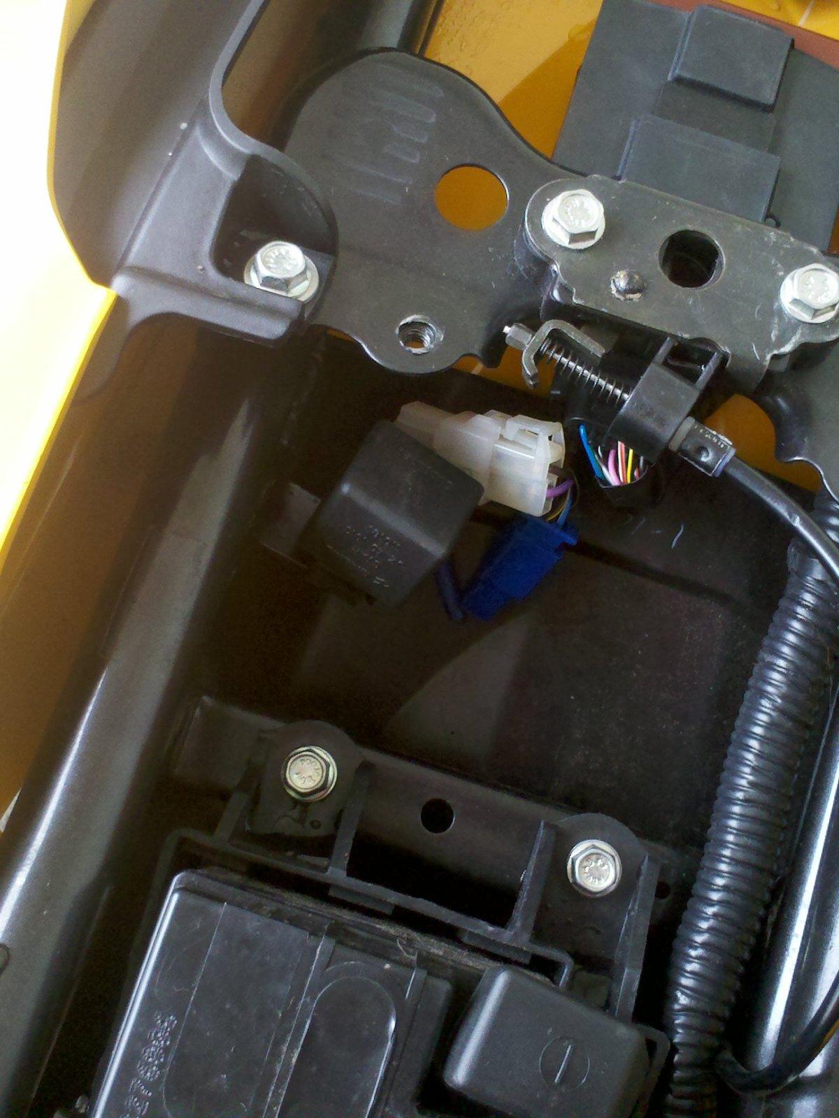 Corte de corriente para las luces  Ea1c89