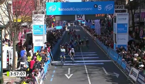 Vuelta Ciclista al Pais Vasco (Itzulia), 6 - 11 de abril de 2015 Eq77z9