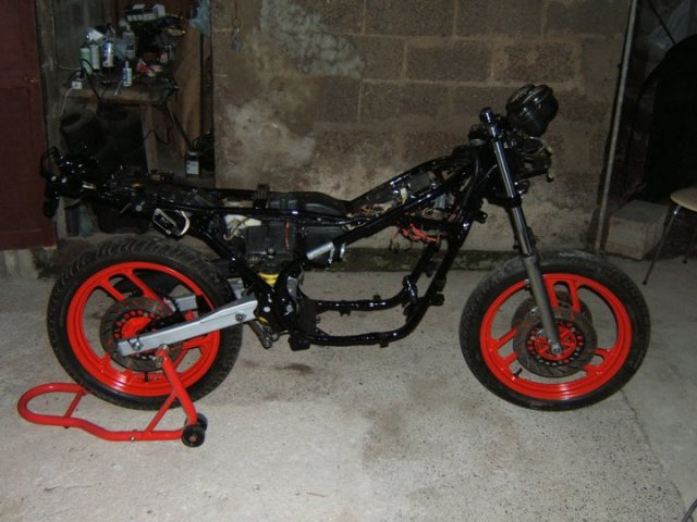 Restauracion Yamaha RD350 YPVS F21on7