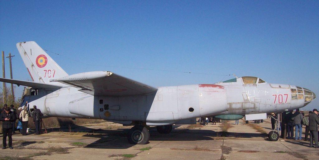 Hong H-5B/C/J in RoAF. - Pagina 4 Hv9gyd