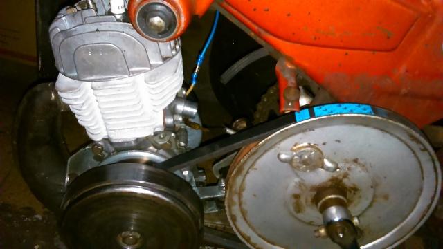 Reparación para restauración en Mobylette AV-88 (Rodamientos, retenes, cilindro...) Jgnnh5