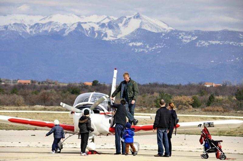 Aerodrom Zemunik Zadar Kxird