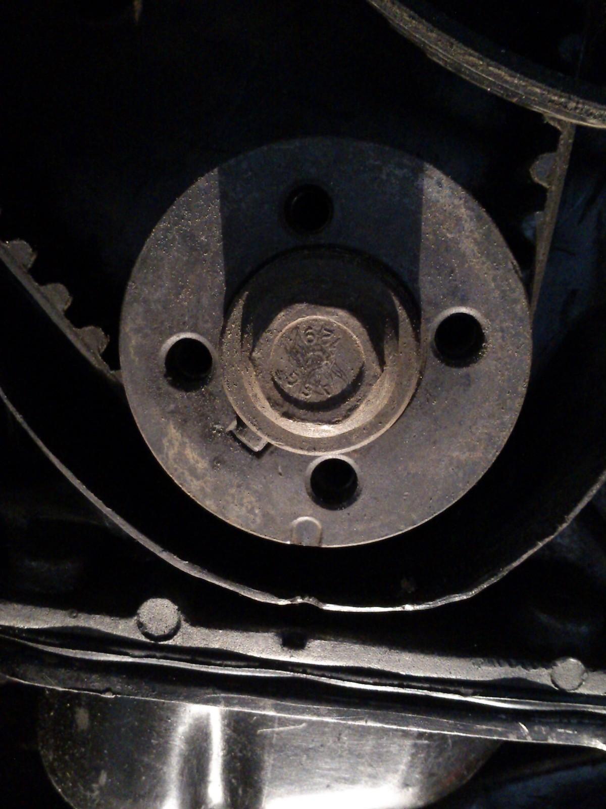 Regular o motor com o scanner diagnóstico automotivo - ajustar o ponto - melhorar consumo (só para carros com distribuidor móvel) Mcyvpx