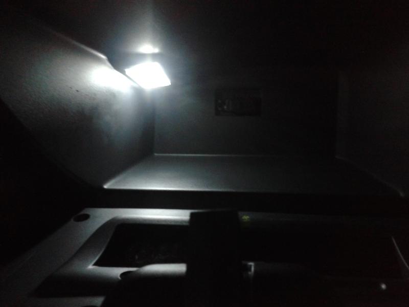 Luz interna teto (lâmpada do cockpit) Oti1pu