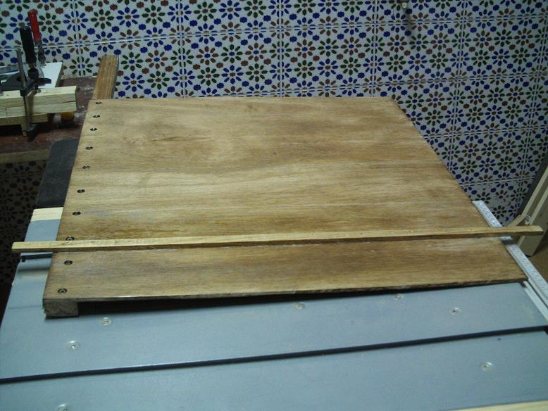 Mi sierra de mesa y sus modificaciones. R2q6om