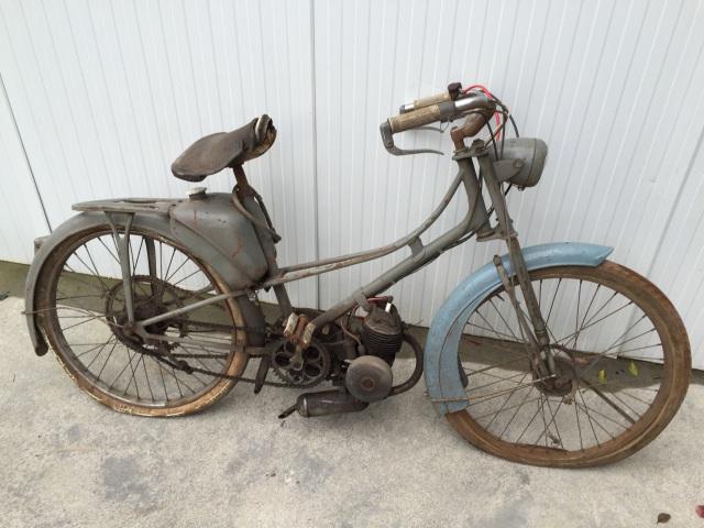 Estoy de limpieza en el garage y vendo 2 motos!! Rm7aja