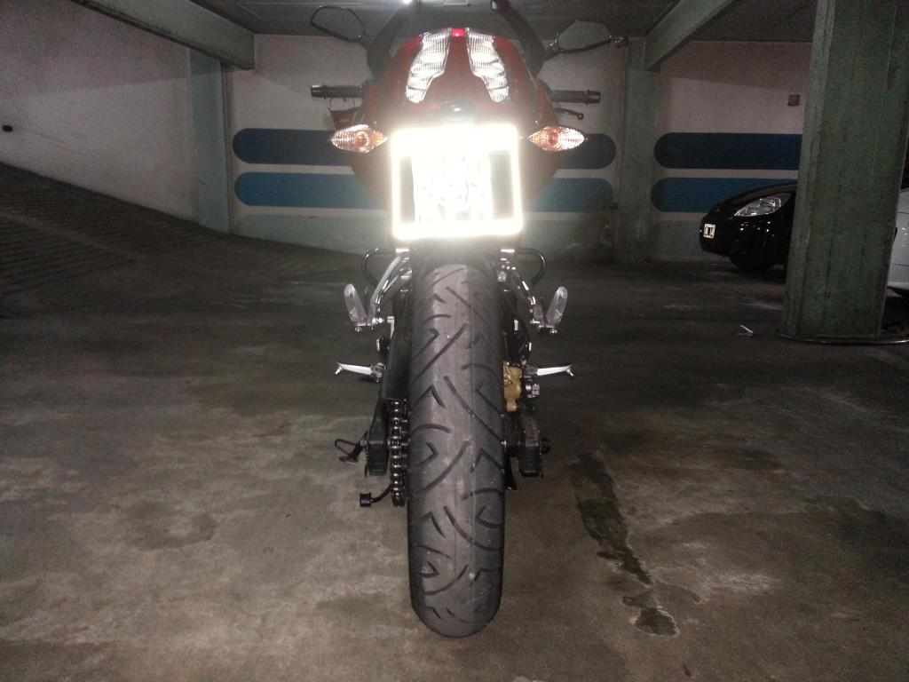 Mi 200NS con Pirelli Sport Demon Szctbb