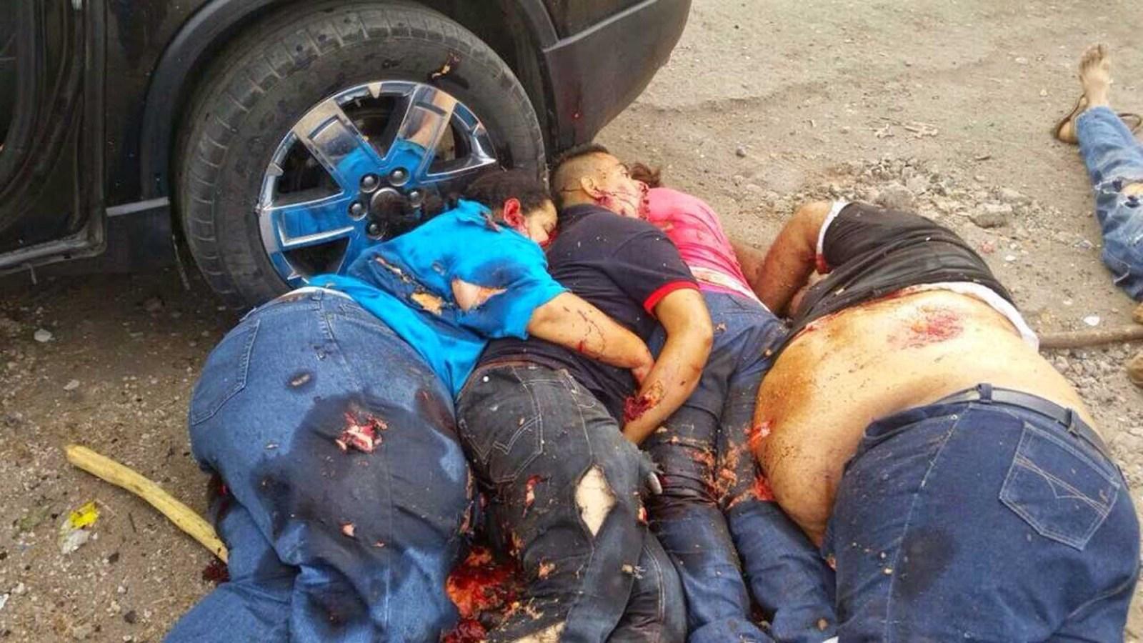 Enfrentamiento en Apatzingan- PF/Ejército vs Viagras deja 11 muertos y 44 detenidos 1zd40zr