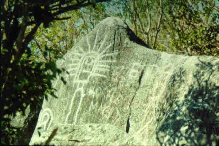 Tesoro o simples petroglifos? 1zzrvp2