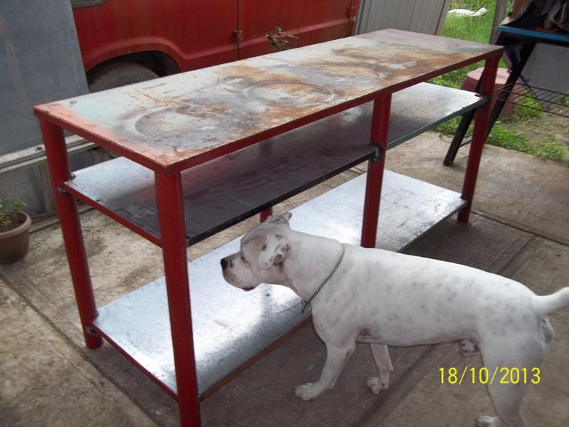 Mesa metálica de trabajo hecha toda con material reciclado. 21ln1uh