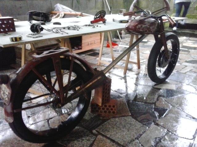 Bicicleta eléctrica a partir de moto Guzzi (+sidecar??) 2gso6j4