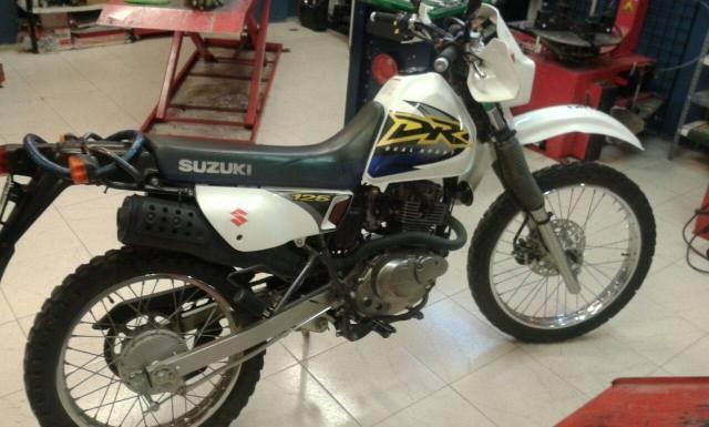 Saludos de una motera aún sin moto desde Zaragoza 2ilgg7o