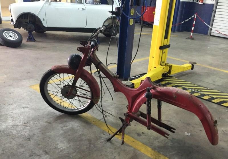 Nuevo proyecto: Moto Guzzi Dingo I 2m5b6vq
