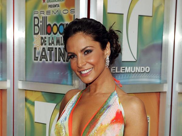 Lorena Rojas/ლორენა როხასი - Page 8 2ppnhw1