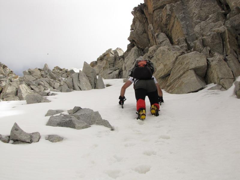 20120605 - CORREDOR ESTASEN AL ANETO (3.404 m) 2vk00o7