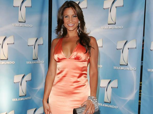 Lorena Rojas/ლორენა როხასი - Page 8 2ym7p7d