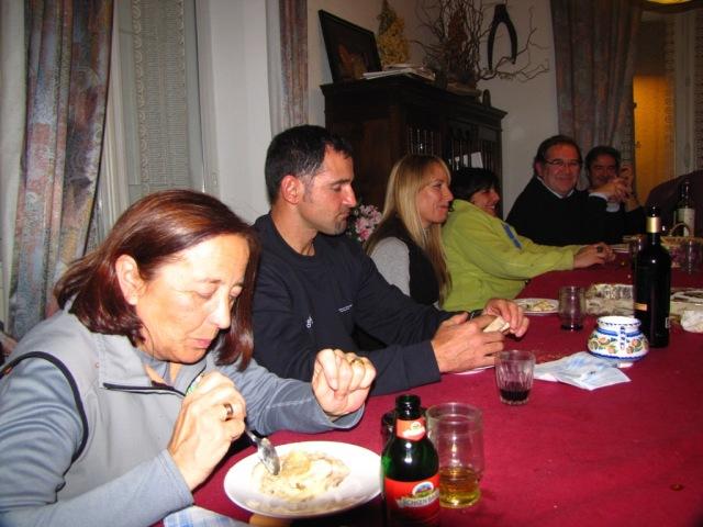 20101206 - PUENTE DE LA CONSTITUCIÓN - CENAS DE LA REUNIÓN EN AX - LES THERMES 2ztfxwh