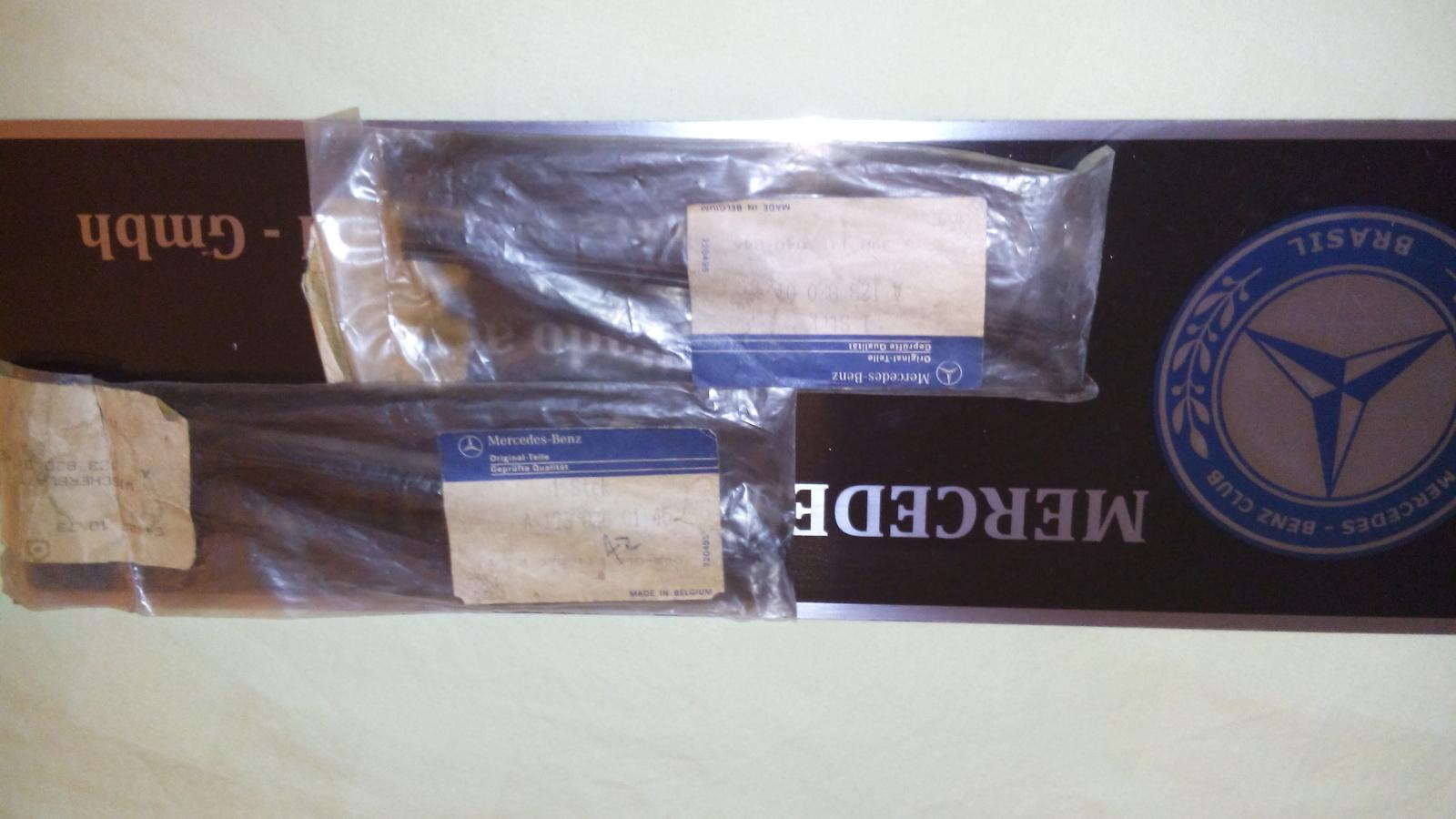 (VENDO): Palhetas originais do para-brisa e faróis W123 - R$110,00 cada par 4i0j8x