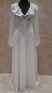 تصويت على مسابقة فى بيتنا عروسة احلى قميص نوم ليوم الزفاف  6z8tc8